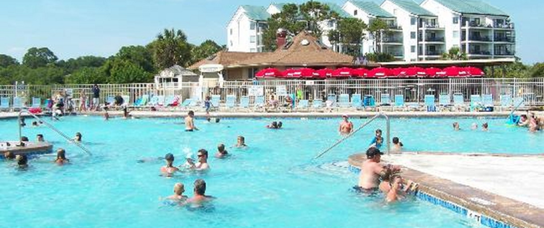 Hilton-Head-Island-Beach-and-Tennis-Resort-Pool-view