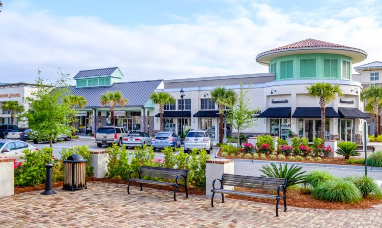 Shelter-Cove-Towncenter-Explore-Hilton-Head-Vacations
