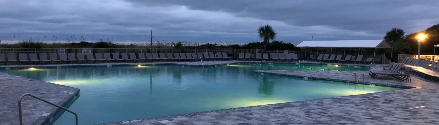 Hilton-Head-Island-Beach-and-Tennis-Resort-Pool-Dusk