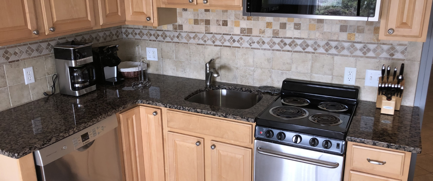 Hilton-Head-Island-Beach-and-Tennis-Resort-Vacation-Rental-C129-kitchen