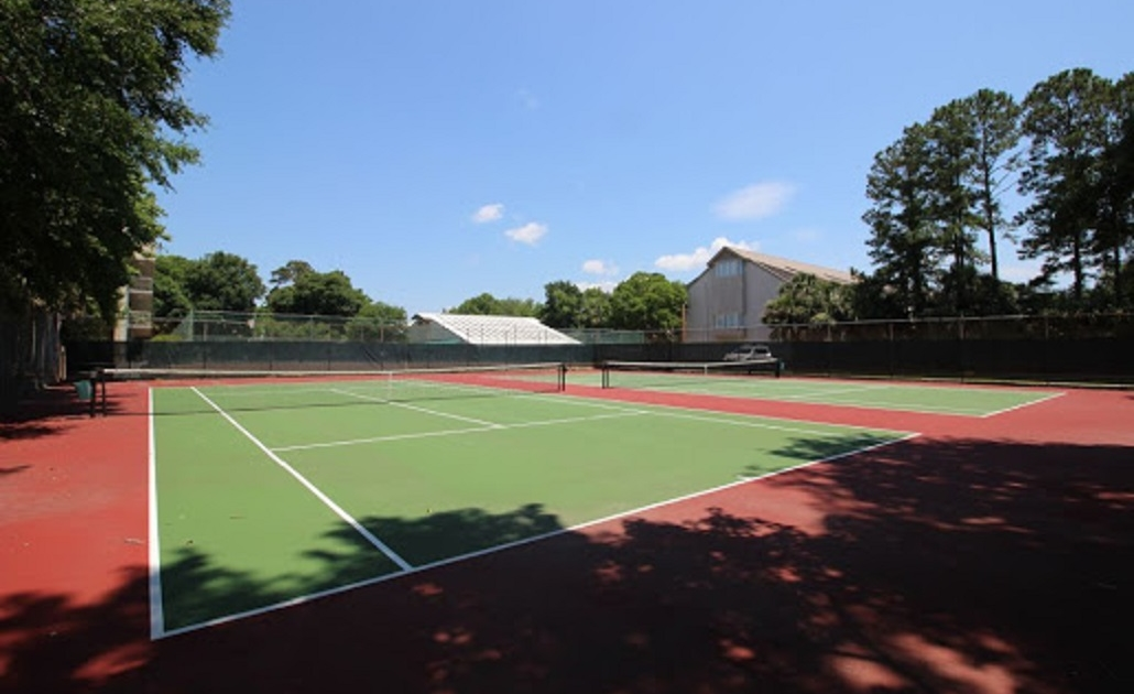 Xanadu-Villas-Hilton-Head-tennis-courts